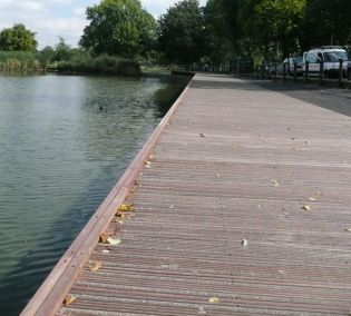 Boardwalk at Clapham Common